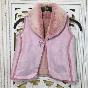 Gap Girls 5T Pink Faux Fur Vest